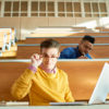 GUARDA L'ESIBIZIONE DI BILLIE EILISH AI BRIT AWARDS 2020!